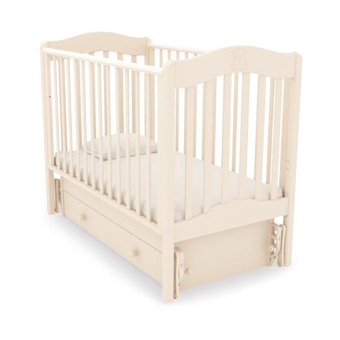 маленькая детская кроватка маятник для девочки из дерева