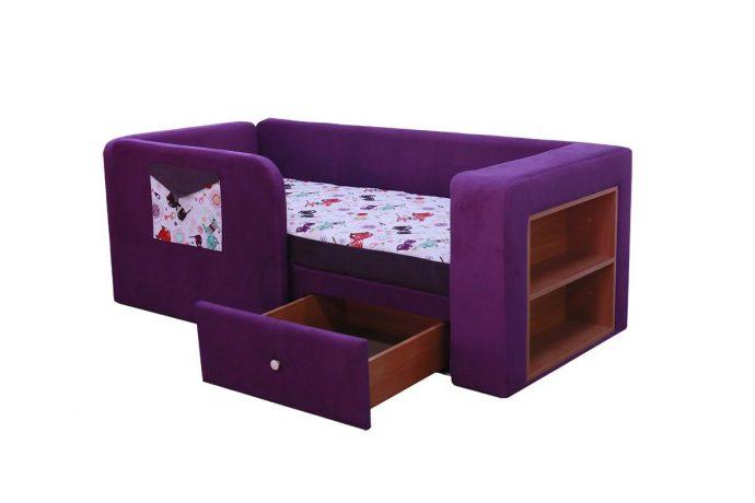 яркая диван кровать для ребенка в спальне фото