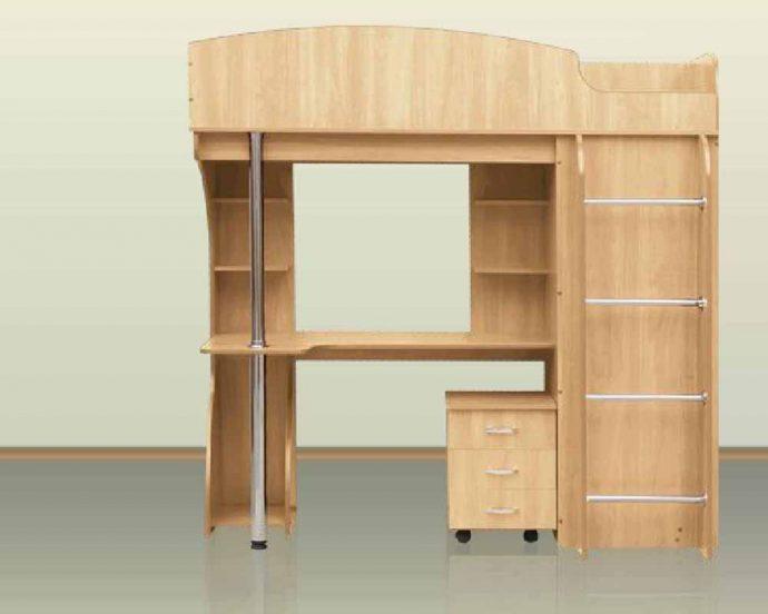 яркая кровать детская чердак в детскую комнату