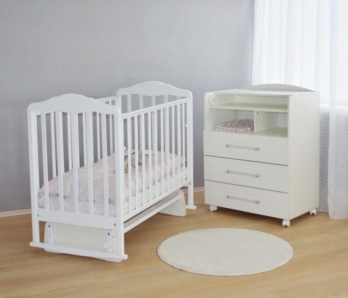 маленькая кроватка для ребенка трансформер маятник для мальчика