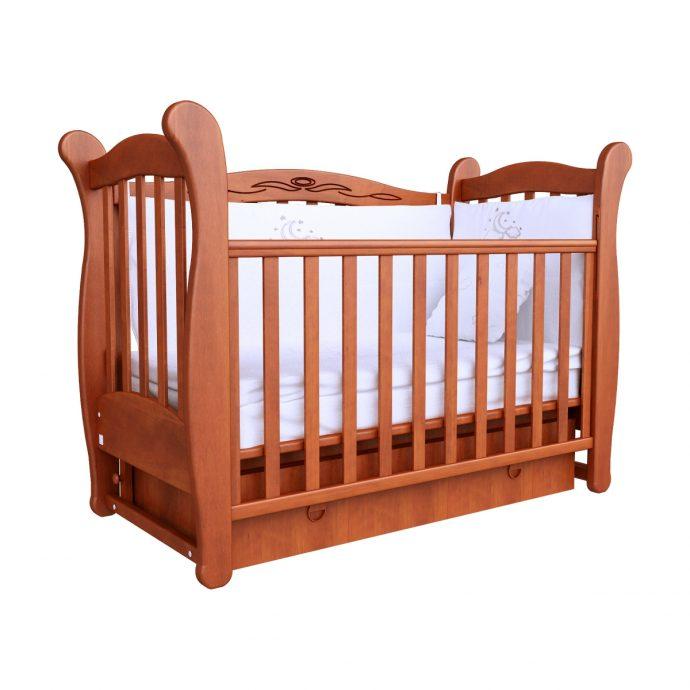 большая кроватка трансформер маятник для мальчика из массива дерева