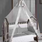 большой накидка на кроватку в дизайне фото