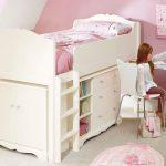 светлая детская мебель в спальню для девочки фото дизайна