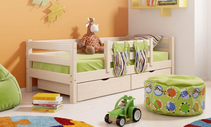 яркая кровать с бортиками в интерьере комнаты фото