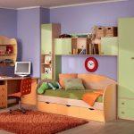 яркая мебель для мальчика в спальню фото