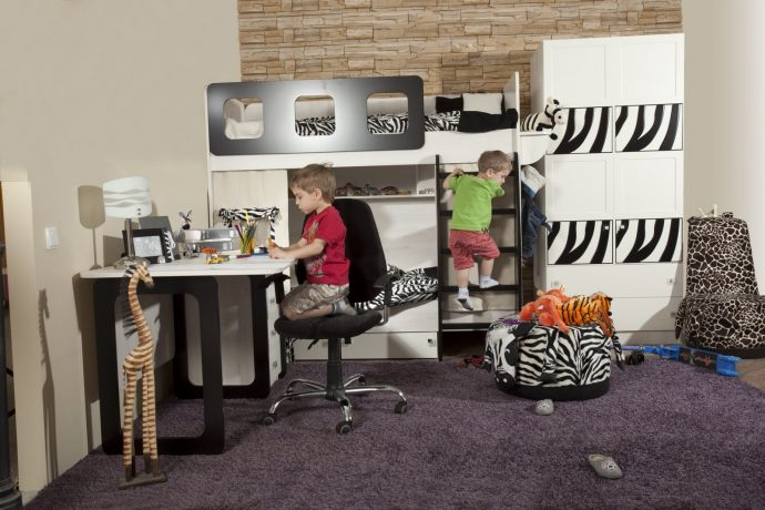 корпусная детская мебель для мальчика в спальню
