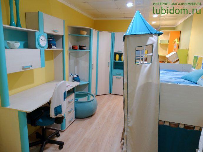 корпусная детская мебель для мальчика в детскую комнату фото