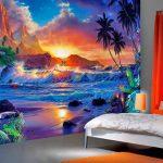 полосатые обои в комнату с картинками пример