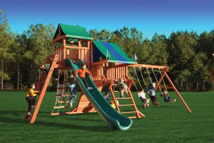 самодельная детская площадка из подручных средств на даче