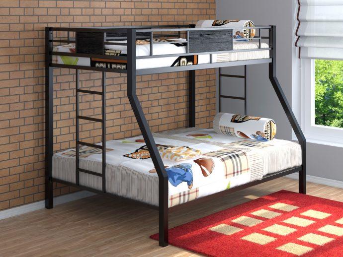 каркас детской кровати из массива дерева в спальне