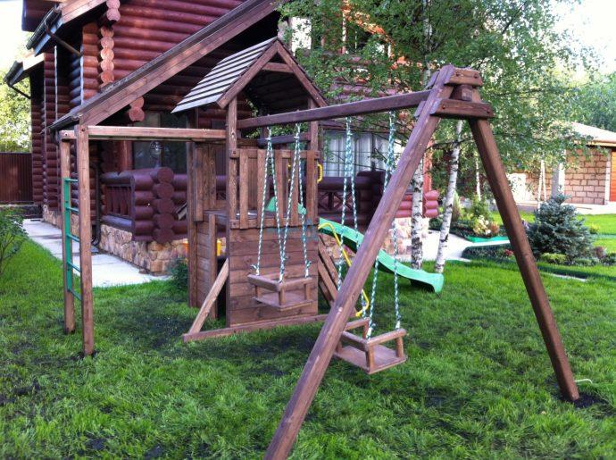 изготовление большой детской площадки с горкой