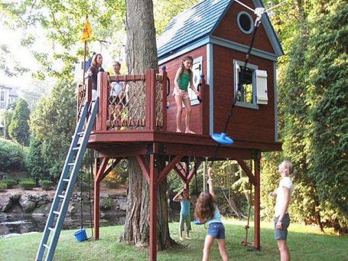 пример большого домика из массива дерева