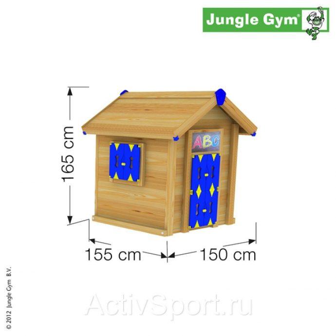 пример яркого детского домика из массива дерева
