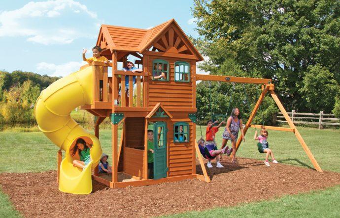 конструкция игровой площадки во дворе на даче с турником