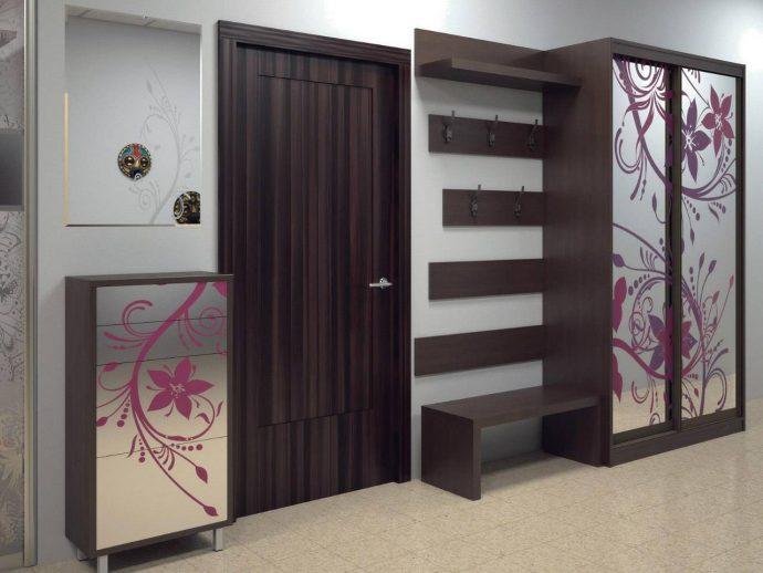 дизайн шкаф светлый в прохожей комнате