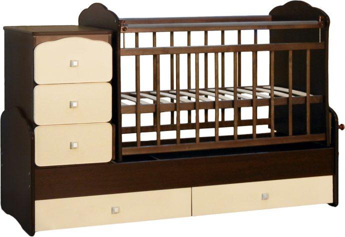 маленькая детская кроватка для детей