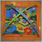 интересный детский коврик со зверьками картинка