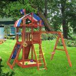 большой детская площадка для детей из подручных материалов