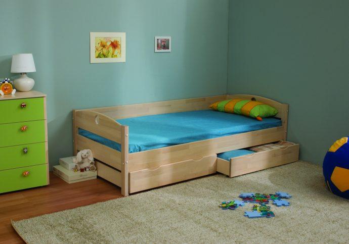 стол из дерева в интерьере комнаты каркас