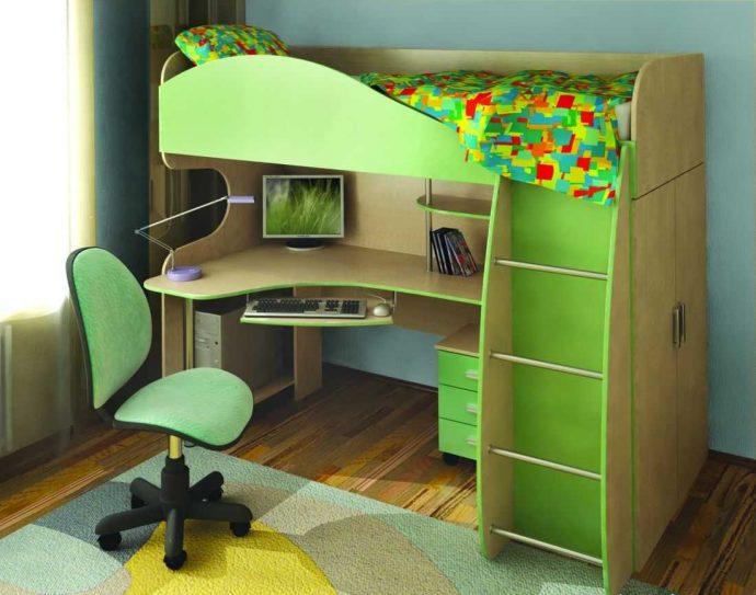 конструкция детской кровати из дерева в спальне