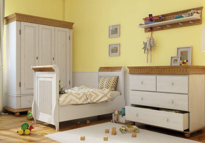 из дерева в детской комнате комплект