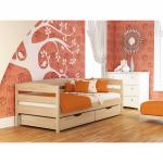 кроватка из дерева в детской комнате сборка