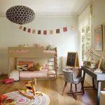 яркая детская комната в квартире
