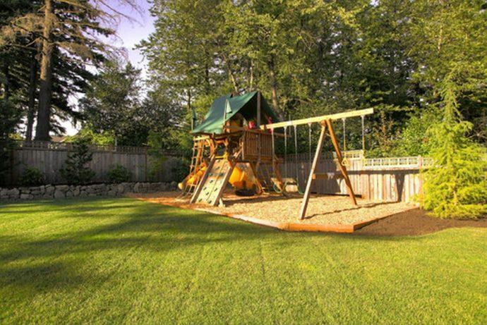 схема игрового домика из массива дерева во двор