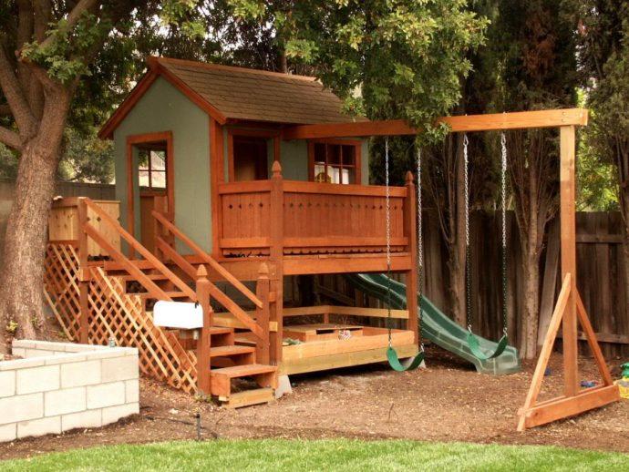 фото детской площадки на даче с качелей