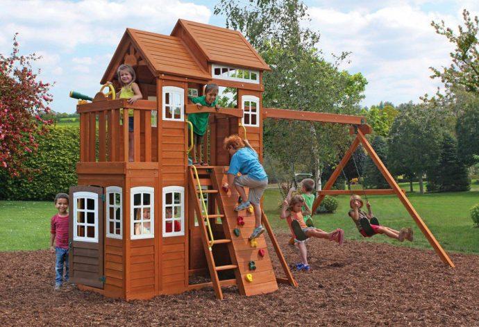 конструкция детской площадки во дворе на даче с турником