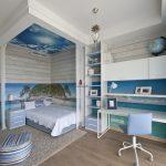 светлая мебель для мальчика в детскую комнату дизайн