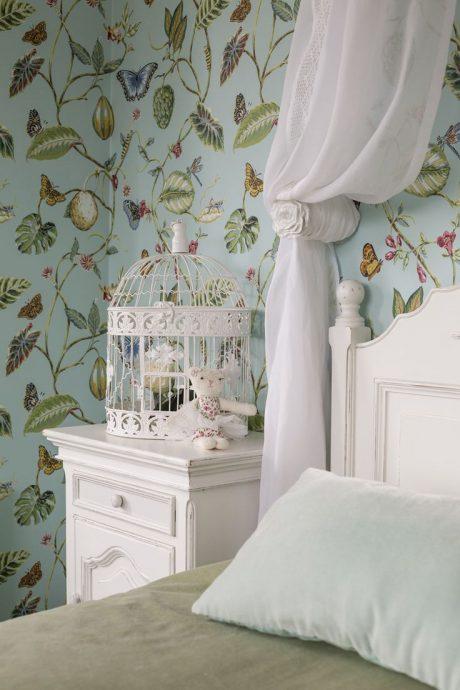 красивая детская спальня в стиле прованс для принцессы