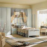 красивая детская спальня в стиле прованс для принцессы фото
