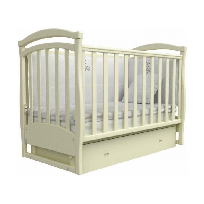 удобная кровать трансформер маятник для мальчика из дерева