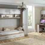 яркая мебель для мальчика в детскую комнату фото
