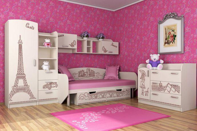 цветная детская мебель в спальню для девочки