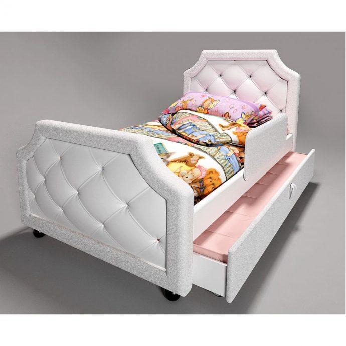 красивая диван кровать для ребенка в комнате фото пример