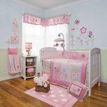 цветная мебель в детскую комнату для девочки фото