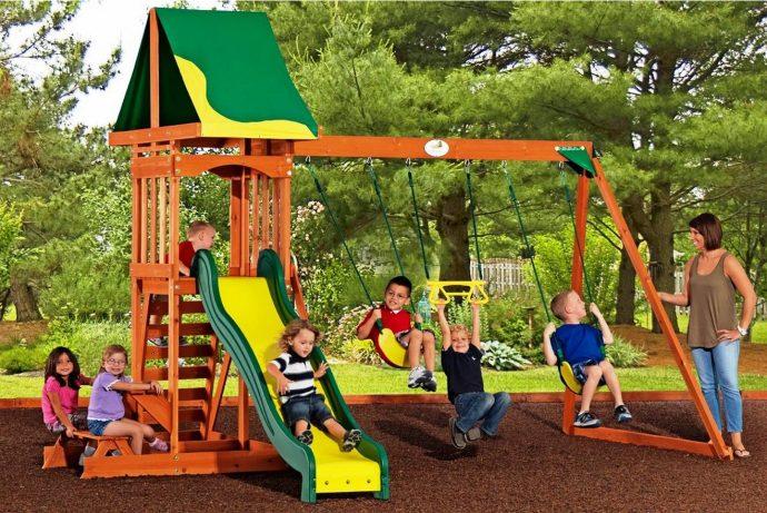 самодельная детская площадка сделана собой дома