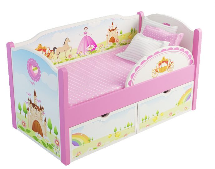 цветная детская кровать с бортиками в комнате фото