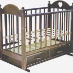 красивая детская кроватка трансформер маятник для девочки из дерева
