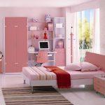 светлая функциональная мебель в спальню для девочки пример