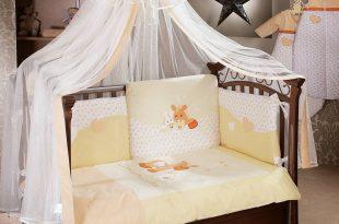 большой накидка на кроватку в дизайне комнаты фото