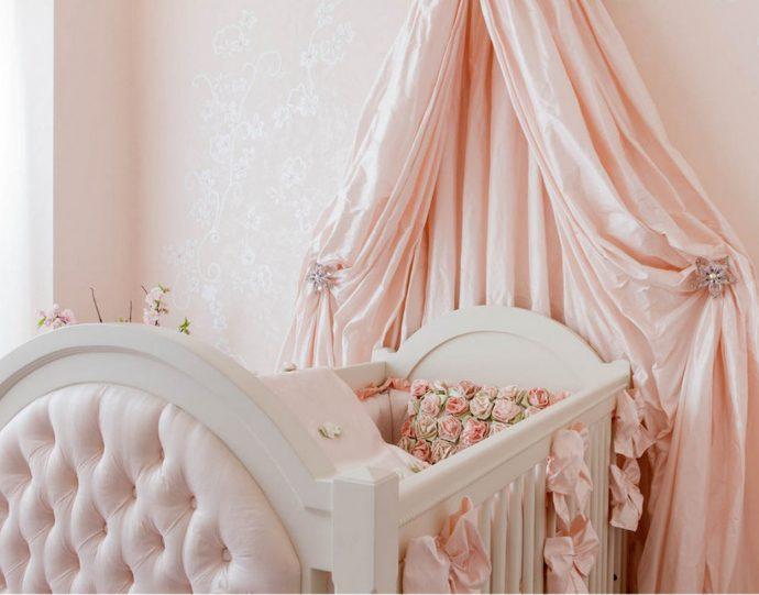 шикарный накидка на кроватку в интерьере