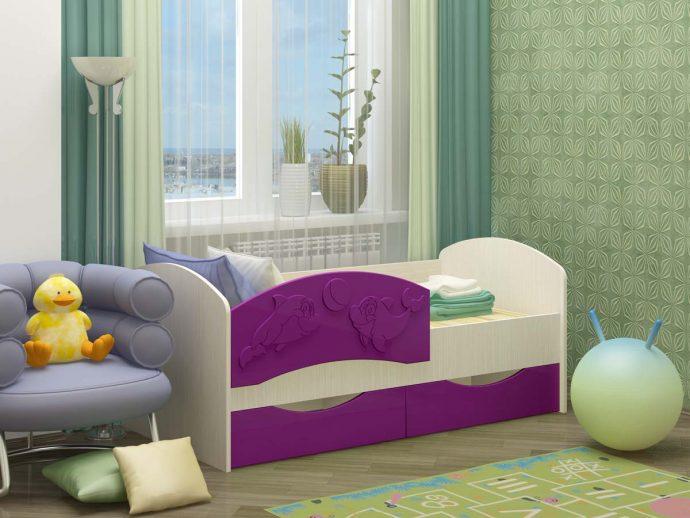 кровать дельфин в комнате