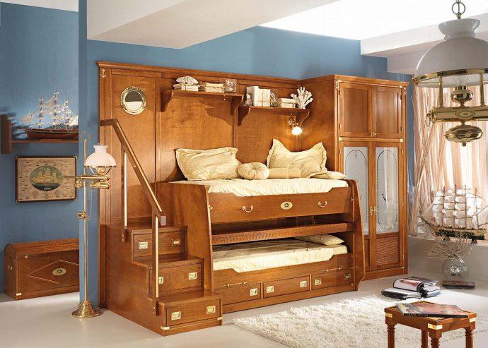 кроватка из массива дерева в интерьере детской комнаты каркас