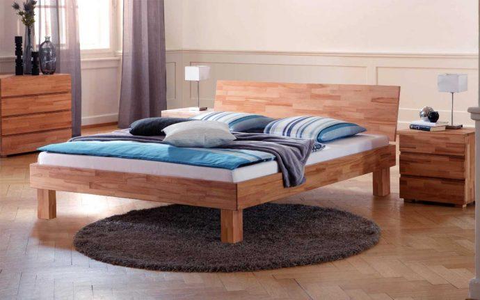 кровать из массива в детской комнате комплект