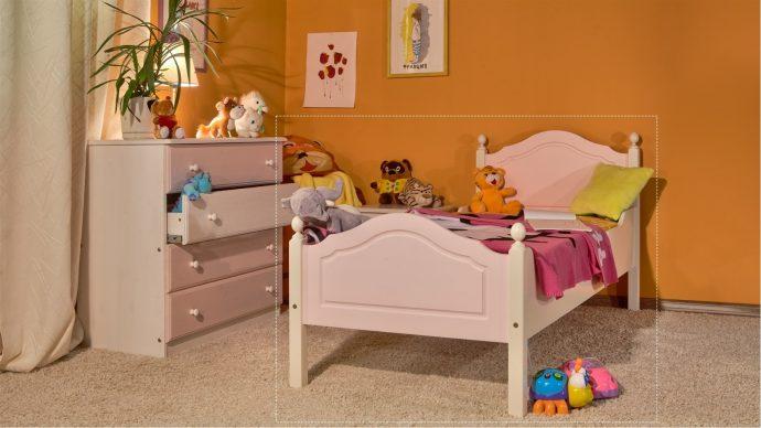 мебель из массива в интерьере детской комнаты комплект