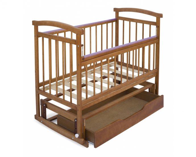 большая кровать маятник для мальчика из массива дерева