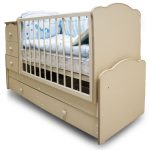 функциональная кровать трансформер для малыша пример